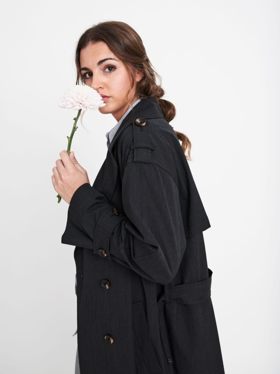 BLACK OVERSIZED BELTED TRENCH COAT