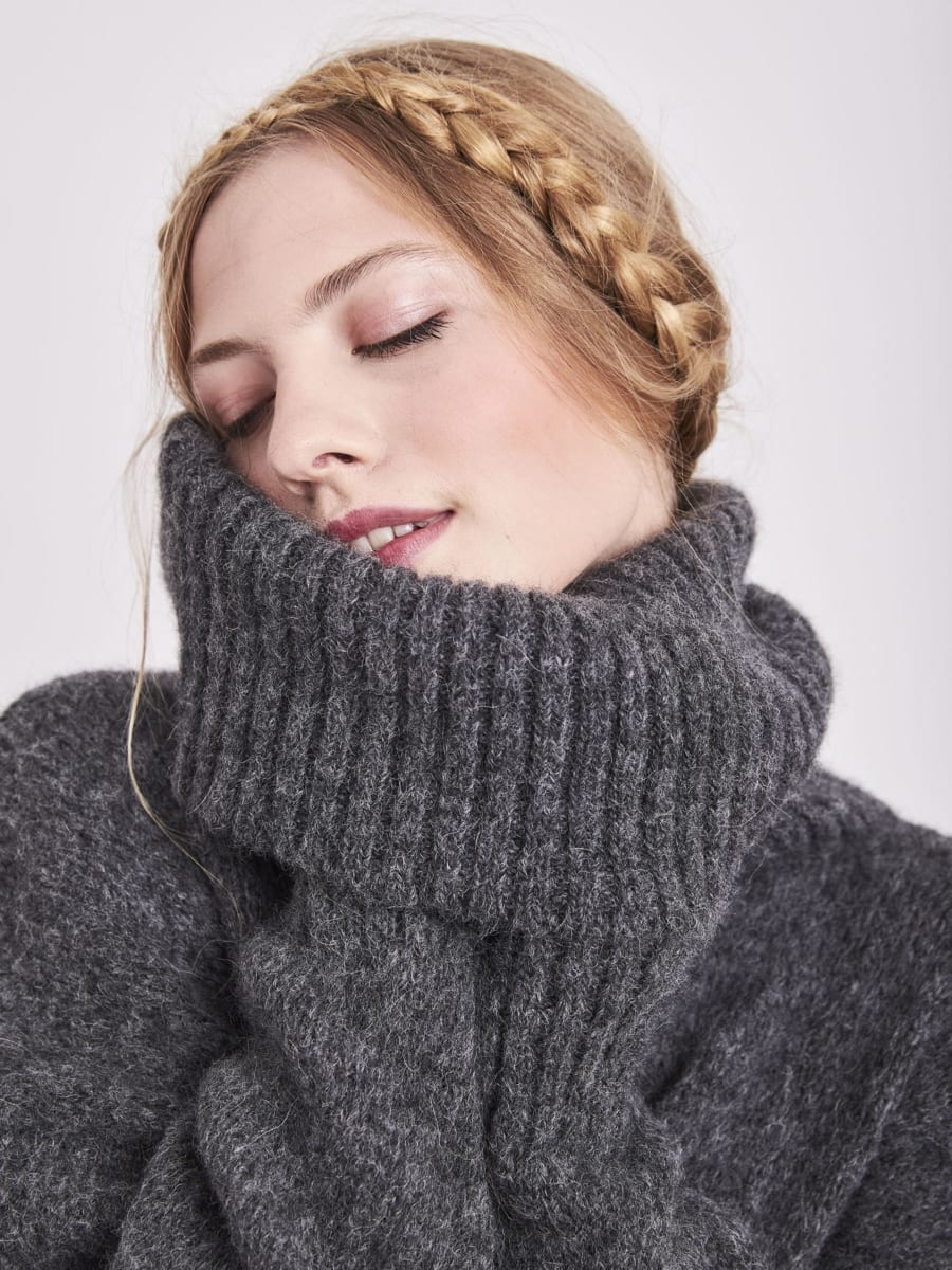 CHARCOAL GREY ROLL NECK JUMPER