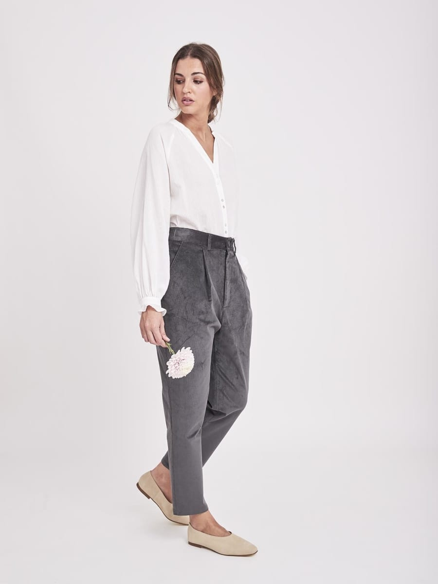 GRAY SLOUCHY TROUSERS
